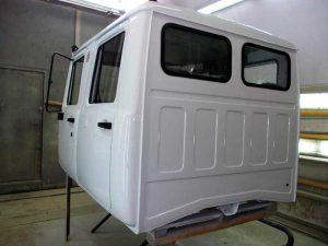 pokraska-kabin-gruzovyh-avto
